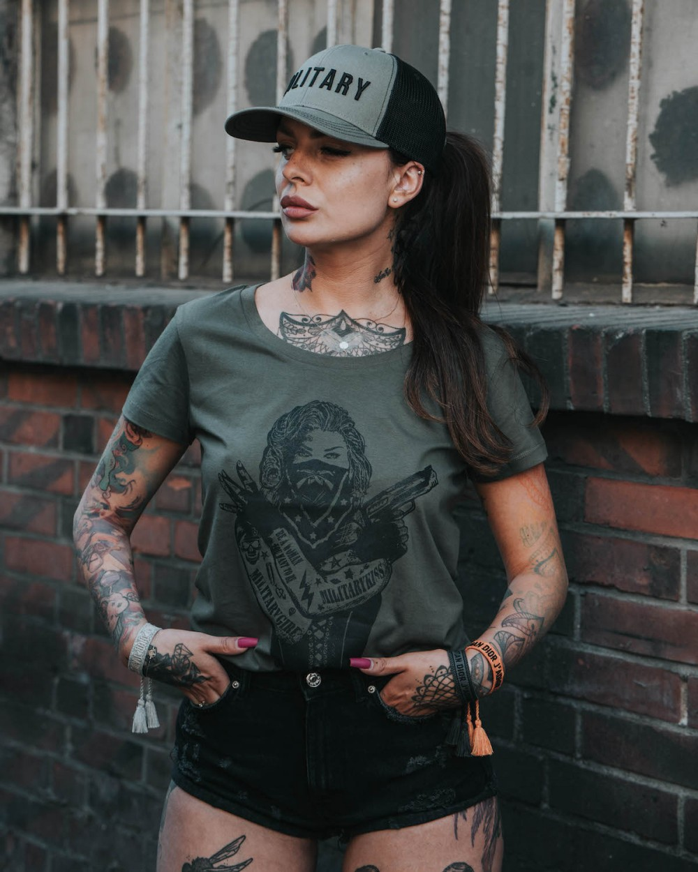 t-shirt khaki tattoo militarygirl military